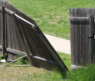 Fence Repair in Rancho Murieta